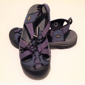 Keen Men's Sandals Size 9 Blue EUC